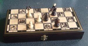 Dřevěné šachy - velké - královské ( FILIPEK sz-35 ) zboží vyrobené v EU