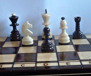 Dřevěné šachy - velké - dvorské  ( FILIPEK sz-43 )