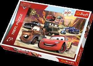 TREFL Puzzle  200 dílků - CARS   13208