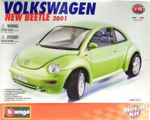 Volkswagen New Beetla ( 2001 )  -  KIT auta 1:18 Bburago