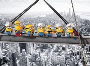 Puzzle Clementoni 1000 dílků - Mimoni na vrcholu mrakodrapu 39370