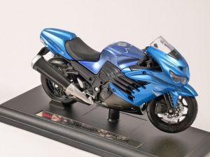 Maisto motorka na stojánku - Kawasaki Ninja ZX-14R 1:18 modrá Miasto