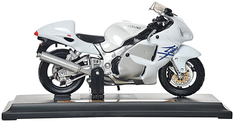 Maisto motorka na stojánku - Suzuki GSX 1300R Hayabusa 1:18 bílá Miasto