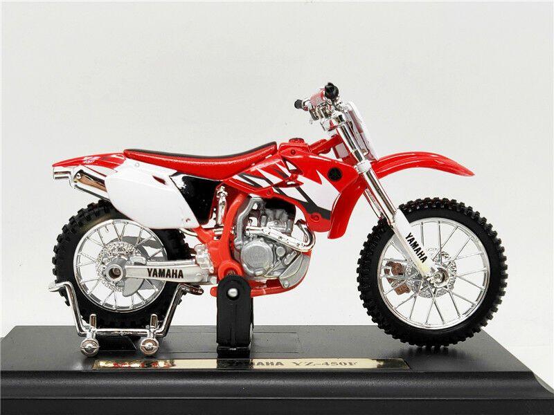 Maisto motorka na stojánku - Yamaha YZ-450F 1:18 červená Miasto