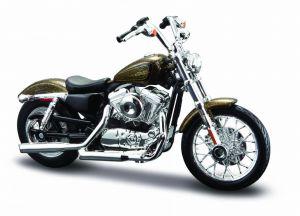 Maisto Harley Davidson XL 1200V Seventy Two 2013 1:18 gold