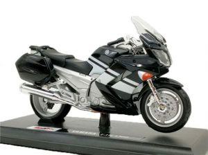 Maisto  motorka na stojánku - Yamaha FJR 1300  1:18 černá