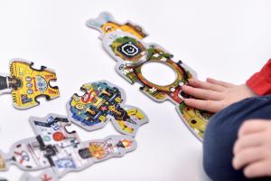 CzuCzu Puzzle - Skládám roboty 65 díků