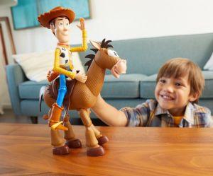Mattel - 2 figurky Toy Story - Woody + Mustang
