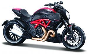 Maisto  motorka na stojánku - DUCATI Diavel Carbon  1:18  červeno-černá