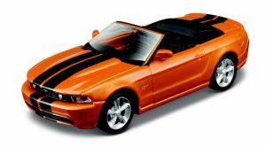 Maisto 21001 auto Ford Mustang GT 2010 Cabrio - oranžová barva