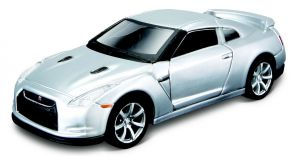 Maisto 21001 auto Nissan GT-R (R35)  2009 - stříbrná  barva