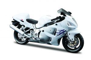 Maisto  motorka na stojánku - Suzuki  GSX 1300R  1:18  bílá