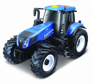 Maisto - traktor New Holland T8.320 se světlem a zvukem