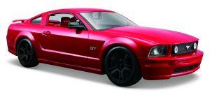 Maisto  1:24 Ford Mustang GT 2006 - červená  barva