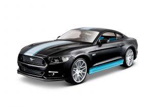 Maisto  1:24 Kit  Design  - Ford Mustang GT 2015   - model  ke skládání  - černá  barva