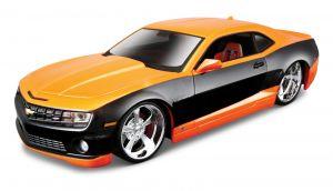 Maisto  1:24 Kit  Design  - 2010 Chevrolet Camaro SS  - model  ke skládání  - oranžová  barva