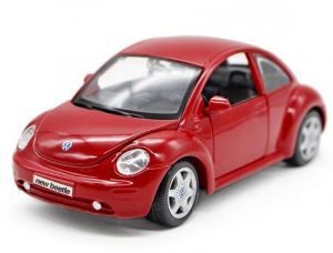 Maisto  1:25 Volkswagen New Beetle   - červená barva
