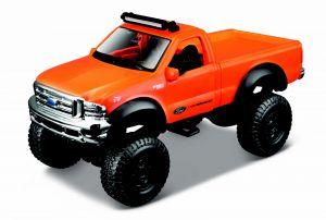 Auto Maisto - 4 x 4  Rebels - krabička - Ford F-350  Super Duty 1999  - oranžová  barva