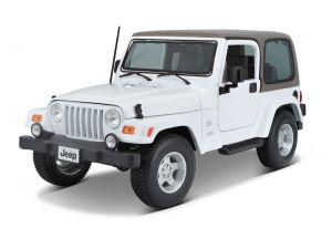 Maisto 1:18 Jeep Wrangler Sahara  2014  - bílá  barva