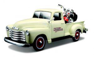 Maisto 1:25 HD - Chevrolet 3100 PickUp 1950 + FLSTS Heritage  Springer  2001 - béžová / oranžová bar