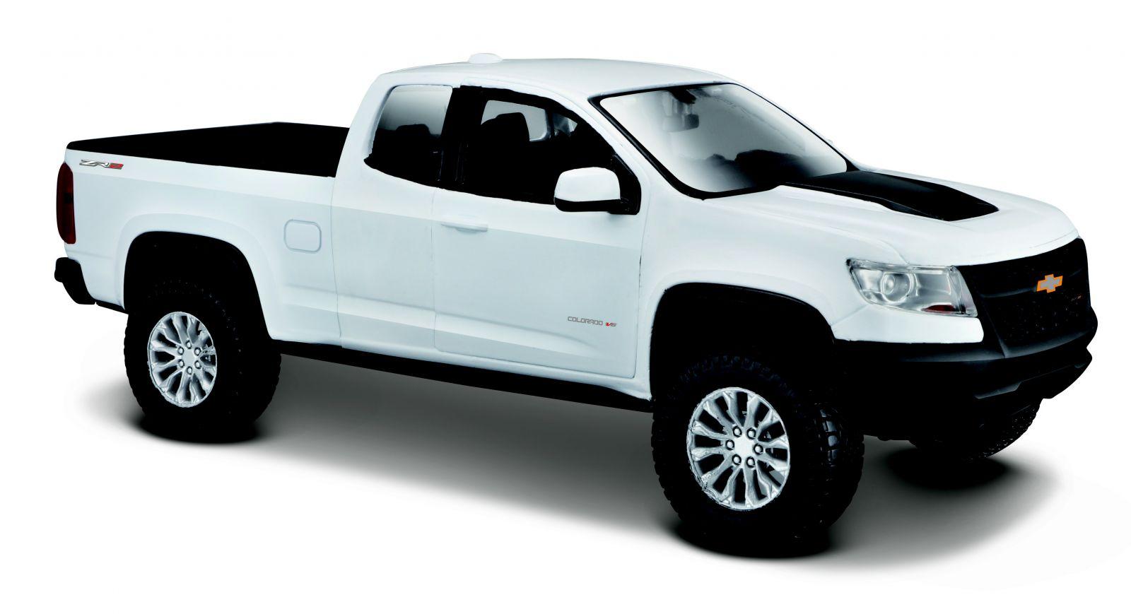 Maisto 1:27 Chevrolet Colorado ZR 2017 - bílá barva